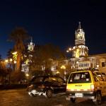 autos-Plaza_de_Armas,_Arequipa